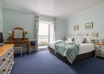 5 star luxury holiday accommodation with sea views in Polzeath, Cornwall | Atlantic View Holidays