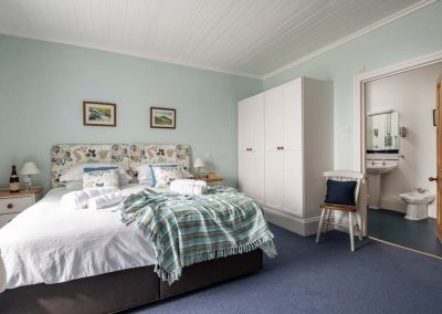 5 star large luxury holiday accommodation by the beach in Polzeath, Cornwall | Atlantic View Holidays